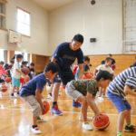 横浜ビー・コルセアーズがおこなう地域密着の活動。都筑区と青葉区でのバスケットボールクリニック